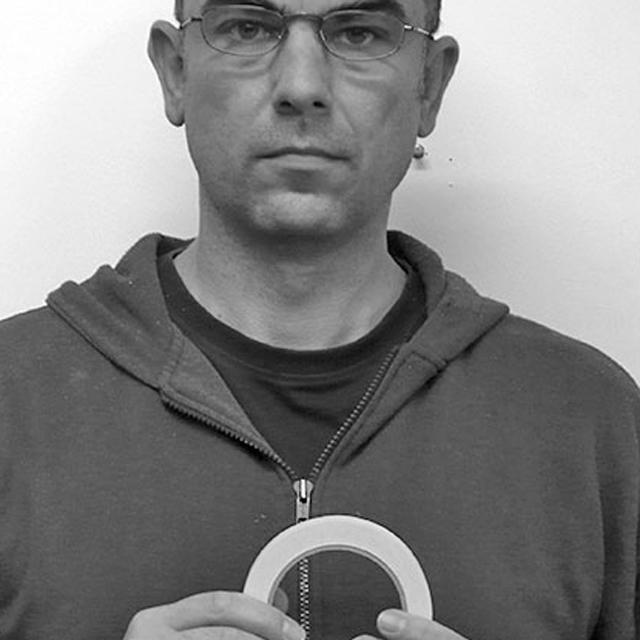 izv. prof. art. Vladimir Frelih