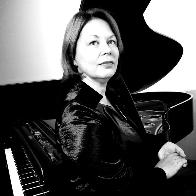 mr. art. Renata Karša, umjetnička savjetnica