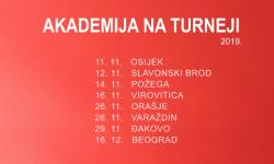 Akademija na turneji